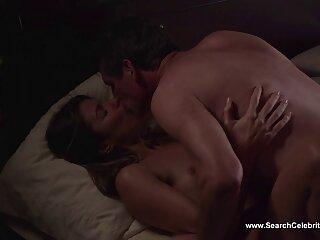 Lussureggiante petto massaggi orientali porno ragazza scopa con Ragazzo in camera da letto