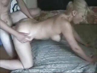Bionda partecipa al servizio fotografico film porno massaggio per una grande edizione erotica