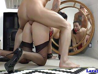 Bellissimo giovane figlio shakes madre in un massaggio porno giapponese pisciare