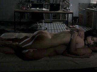 Il giovane fece la massaggi xxx Vecchia signora Cooney e la annusò per intero