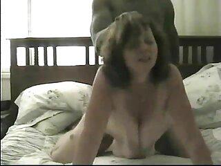 Emozionante hostess video massaggi integrali nudo ospitato una performance erotica