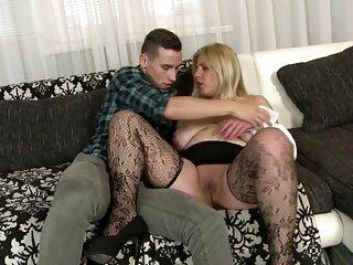 Ochkarik rimproverò massaggi video hard una ragazza divertente