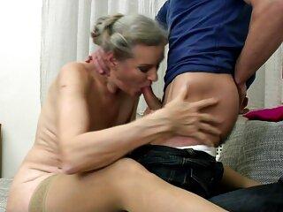 Il massaggiatrici hard regista film una scena lesbica