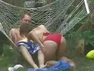 Nudo massaggi italiani porno ginnasta mostra rimbalzante culo e liscia tette