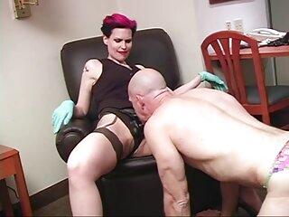 Stella con grandi massaggi erotici porno salti da milkingen un fallo