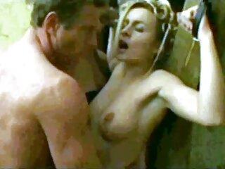 Una folla di ragazzi ha cantato un giovane bambino russo e scopata in tutte film porno massaggi italiani le fessure