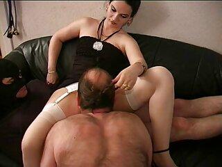Panda prende a scopare la cameriera sexy massaggi erotici italiani