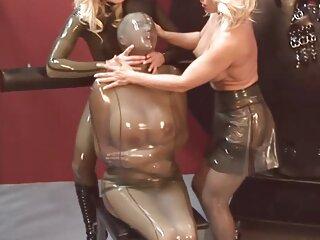 Experienced BDSMsher tesse un forte servitù per un schiavo video massaggio intimo