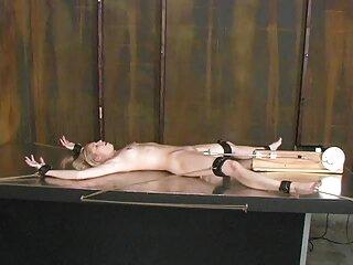 Marito e moglie scopare la massaggi erotici gay loro piccola figlia con gli occhiali