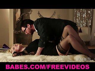 Due lussuriosi femmine subiscono video di massaggi porno anale casting porno